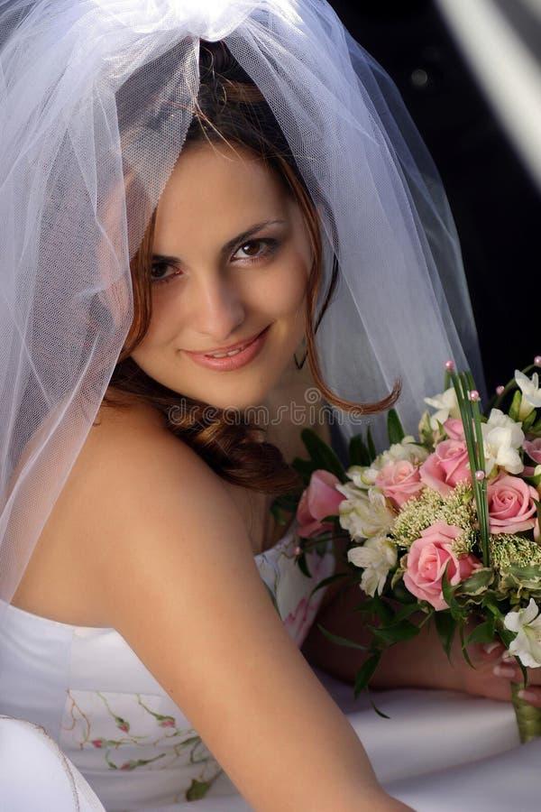 Mooie bruid op huwelijksdag stock afbeelding