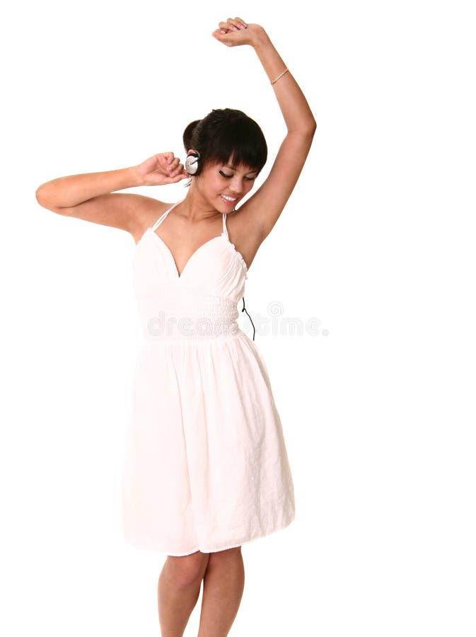 Mooie Brunette die danst en royalty-vrije stock foto's