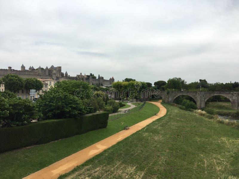 Mooie Carcassonne en Brug in Frankrijk stock afbeelding