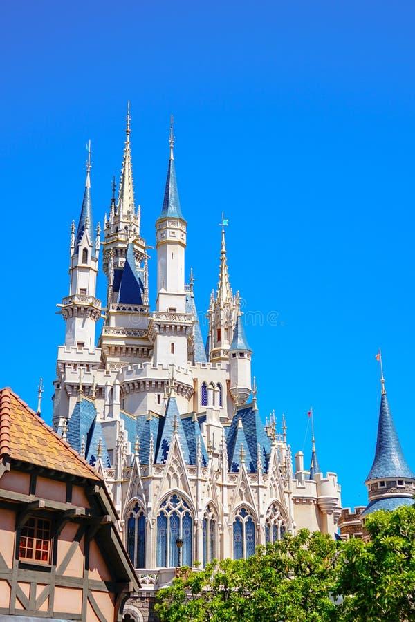 Mooie Cinderella Castle in Tokyo Disneyland, Tokyo, Japan royalty-vrije stock afbeeldingen