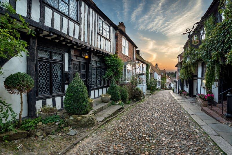 Mooie Cobbled-Straat stock afbeeldingen