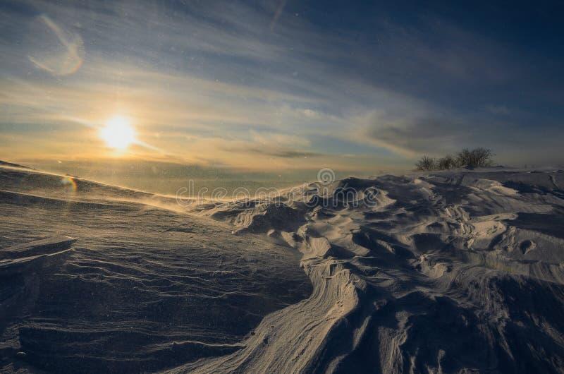Mooie de Winterzonsondergang stock foto's