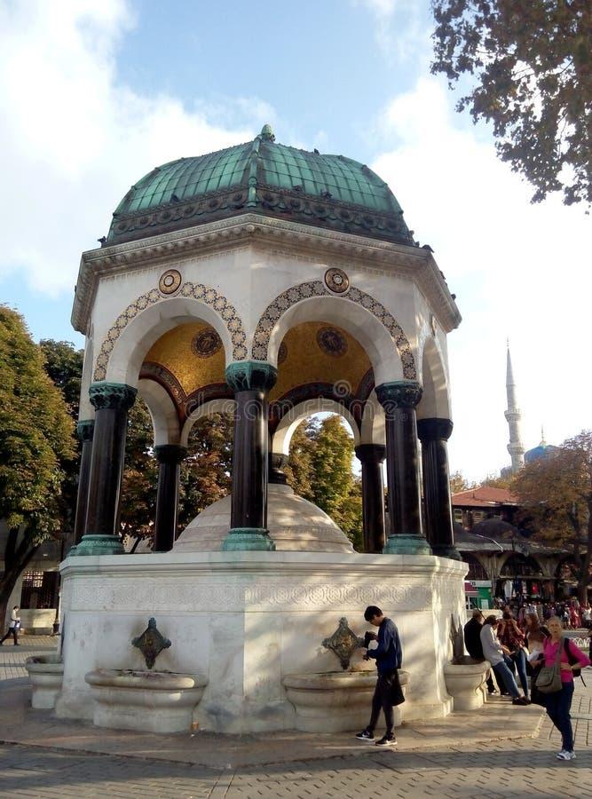 Mooie Duitse Fontein in de Renbaan van Constantinopel Sultan Ahmet Square Istanboel, Turkije royalty-vrije stock afbeeldingen