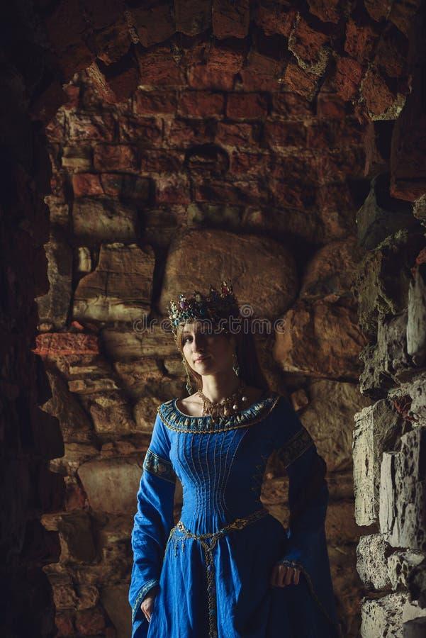 Mooie Eleanor van Aquitaine, hertogin en koningin van Engeland en Frankrijk op Hoge Middeleeuwen stock afbeelding