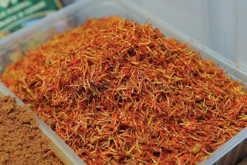 Mooie en verse droge kruidensaffraan, close-up van sel royalty-vrije stock foto