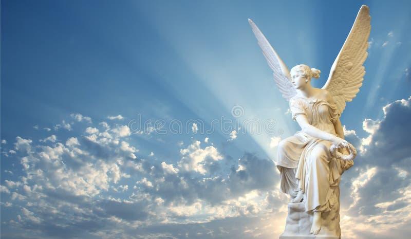 Mooie engel in hemel royalty-vrije stock foto's