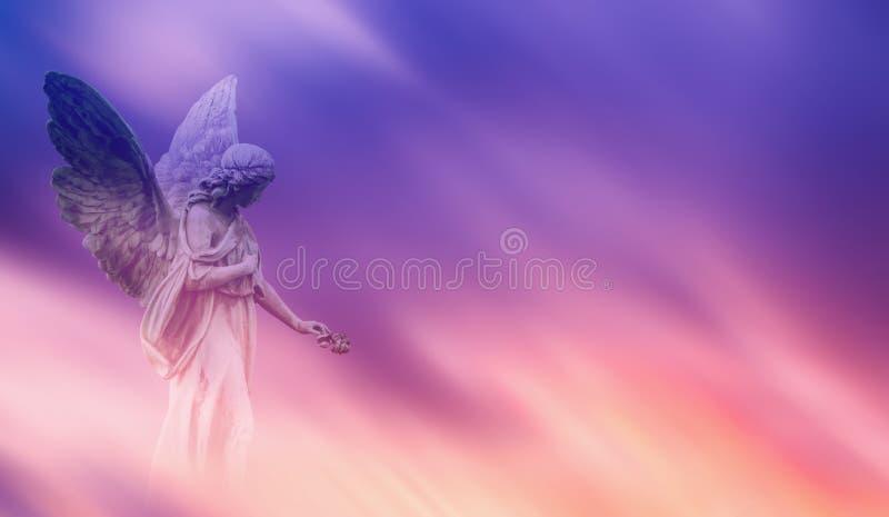 Mooie engel in hemel panoramische veiw stock foto