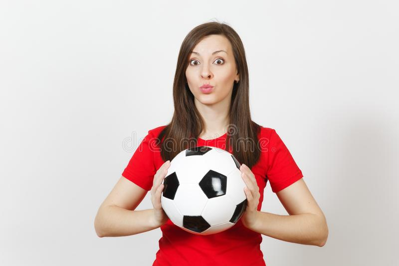 Mooie Europese jongeren, voetbalventilator of speler op witte achtergrond Sport, spel, gezondheid, gezond levensstijlconcept stock foto's