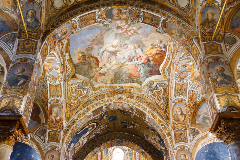 Mooie fresko's en mozaïeken royalty-vrije stock foto's