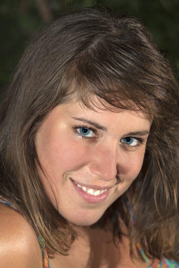 Download Mooie glimlach stock afbeelding. Afbeelding bestaande uit ogen - 10782793