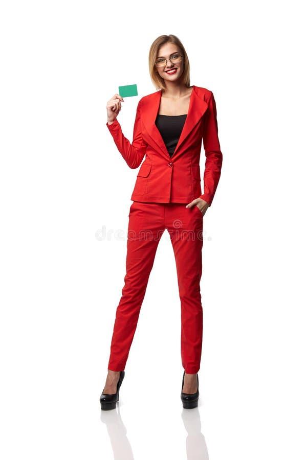 Mooie glimlachende bedrijfsvrouw die bril en in r dragen stock fotografie