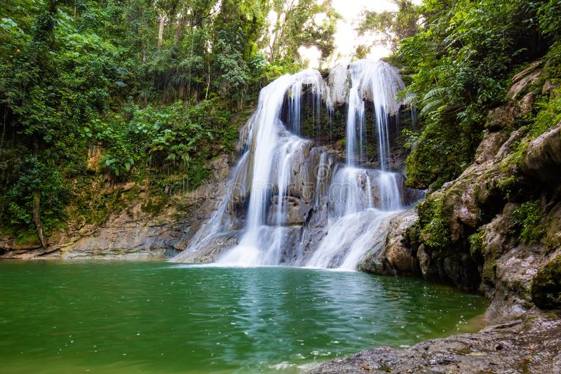 Mooie Gozalandia-Waterval in San Sebastian Puerto Rico royalty-vrije stock afbeelding