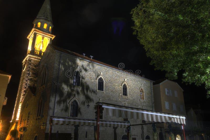 Mooie HDR-nachtfoto van de oude stadscitadel in Budva, Montenegro royalty-vrije stock afbeelding