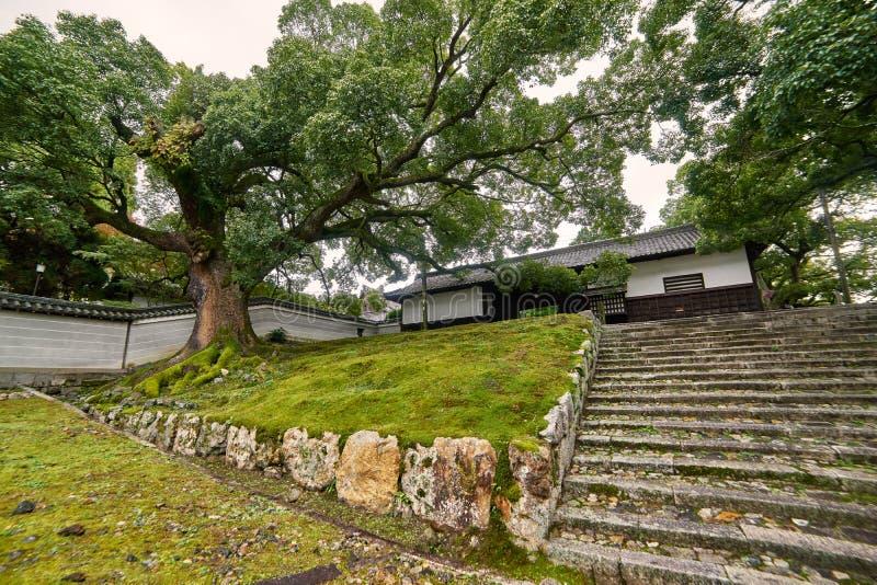Mooie historische zaal bij voorpoort van Shorenin-tempel stock foto's