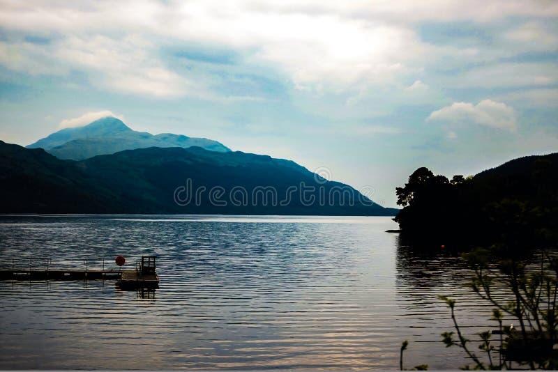 Mooie humeurige Loch Lomond stock afbeeldingen
