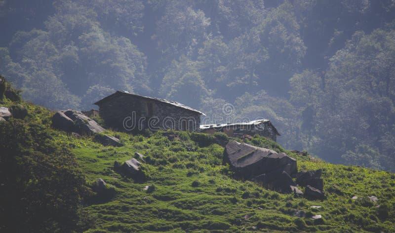 Mooie hutten op berg royalty-vrije stock fotografie