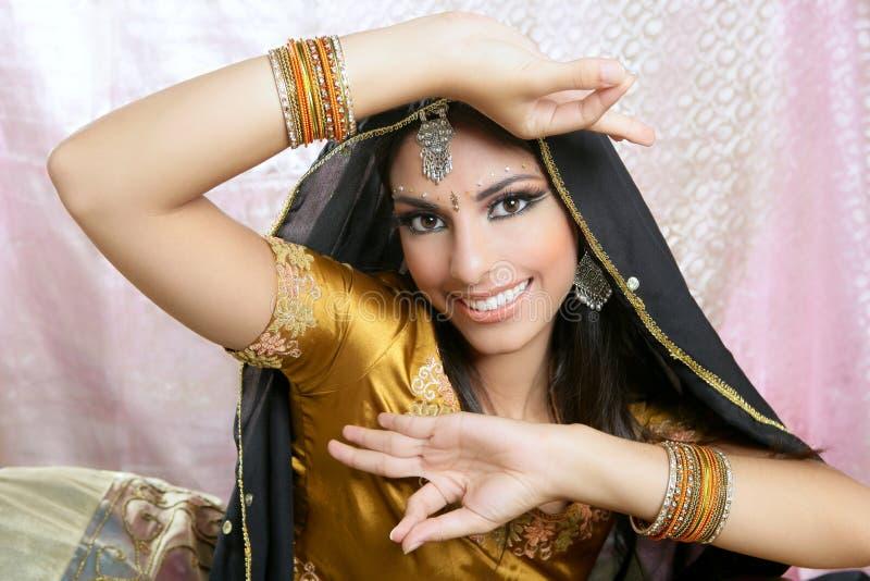 Mooie Indische traditionele manierstijl stock foto's