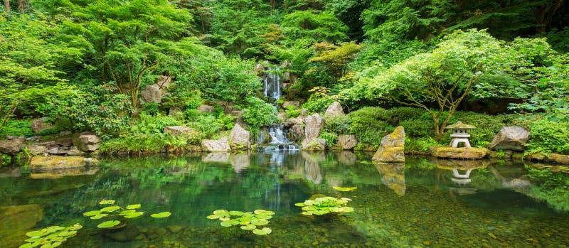 Mooie Japanse Tuin royalty-vrije stock fotografie