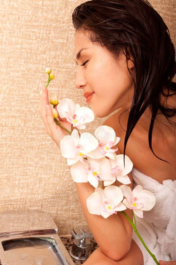 Mooie Japanse vrouw in bad royalty-vrije stock foto's