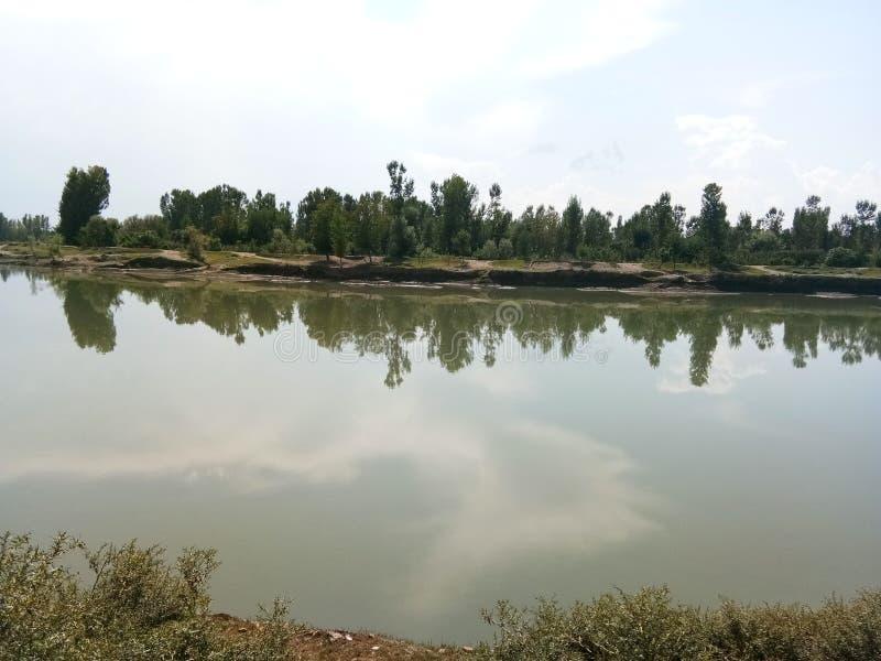 Mooie Jehlum-rivier royalty-vrije stock foto