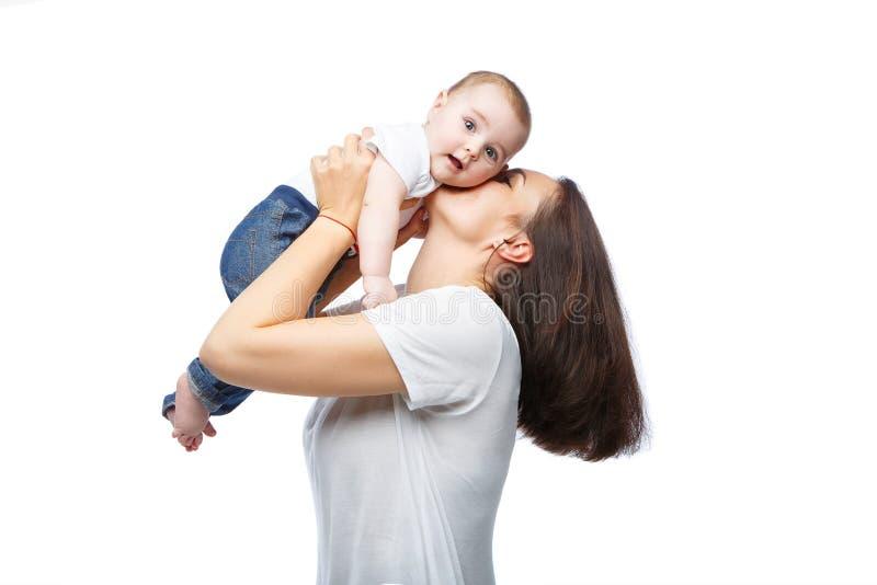 Mooie jonge moeder met de jongen van de peuterbaby royalty-vrije stock fotografie