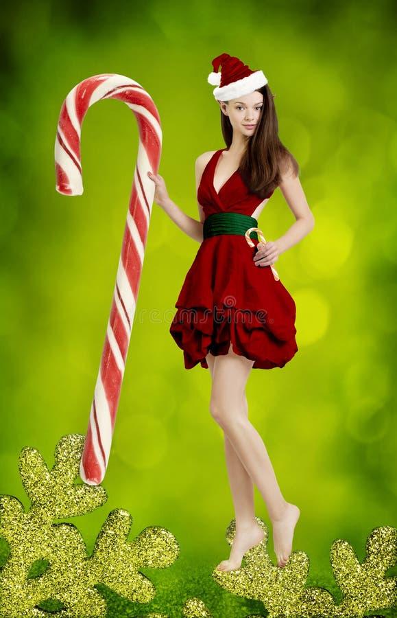 Mooie jonge vrouw als leuk santameisje stock fotografie