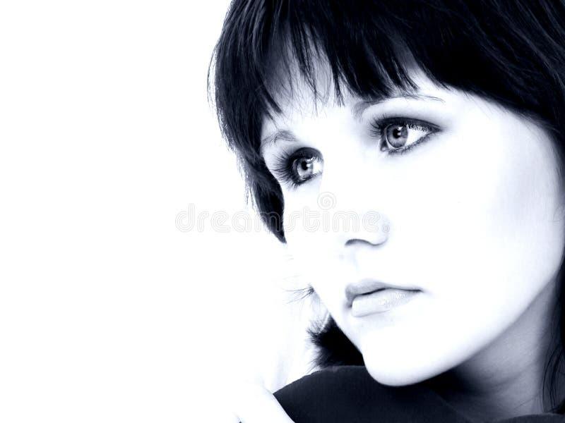 Download Mooie Jonge Vrouw In Blauwe Tonen Stock Afbeelding - Afbeelding bestaande uit tiener, mensen: 279569