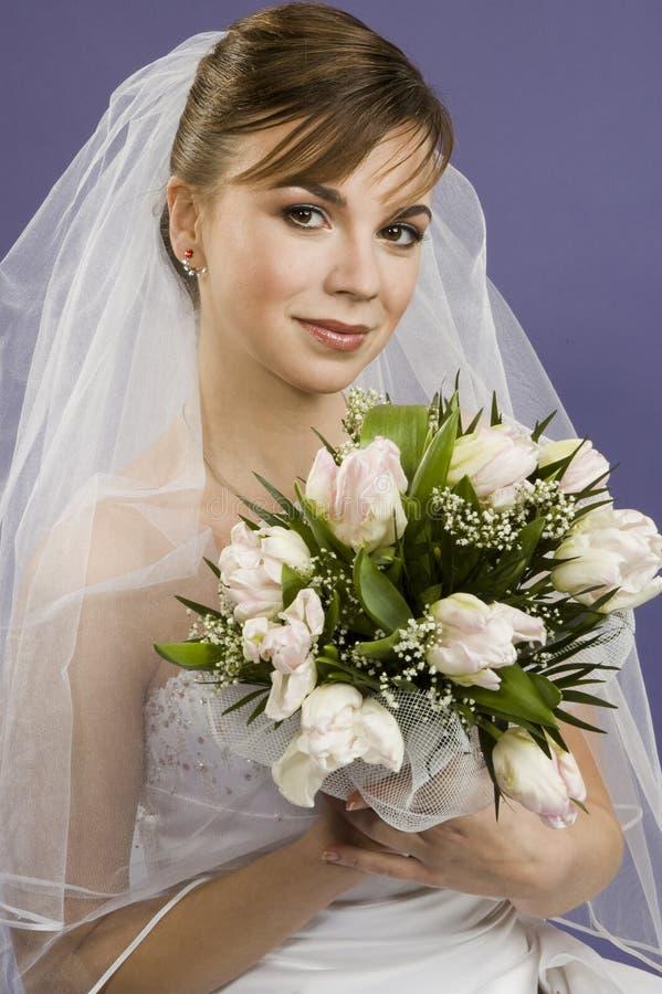Mooie jonge vrouwenbruid royalty-vrije stock afbeelding