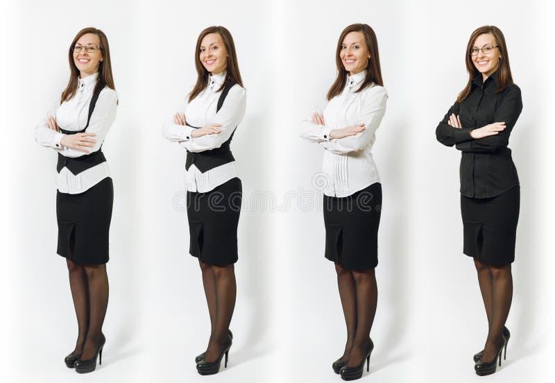 Mooie Kaukasische jonge bruin-haar bedrijfsdievrouw op witte achtergrond wordt geïsoleerd Manager of arbeider Exemplaar ruimterec royalty-vrije stock fotografie