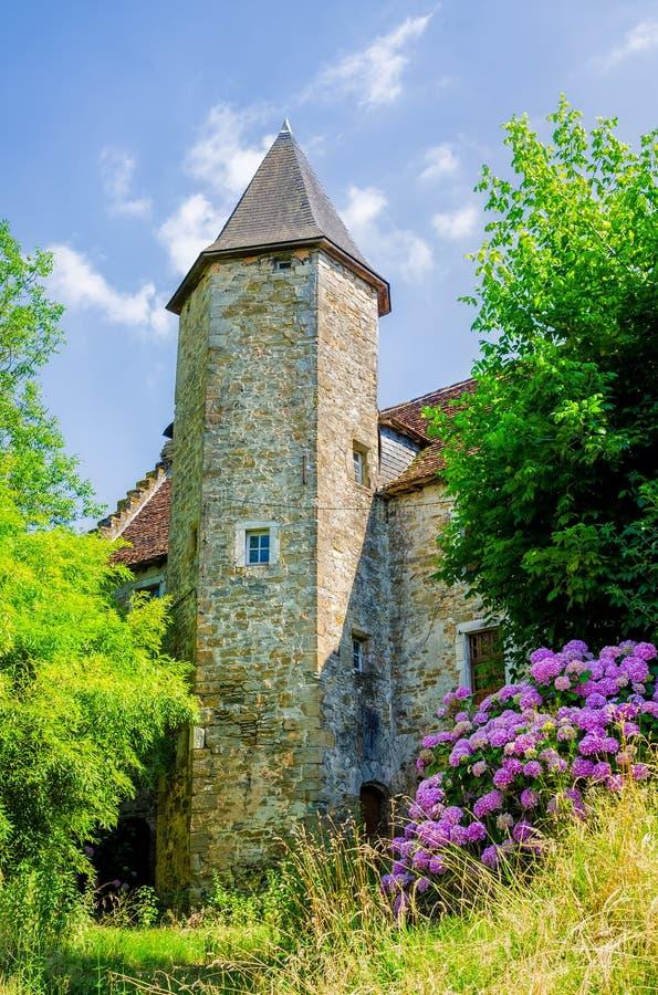 Mooie kerk in Salies DE Bearn stock afbeelding