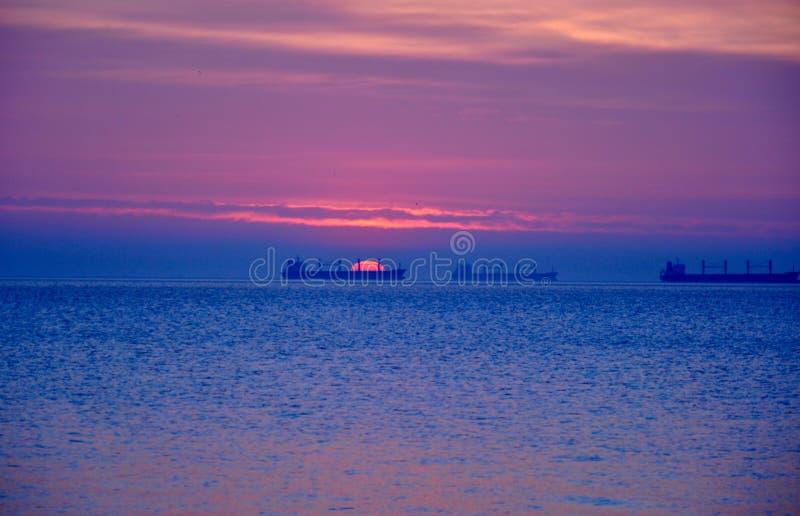 Mooie kleurrijke zonsopgang over de Oostzee in Polen royalty-vrije stock fotografie
