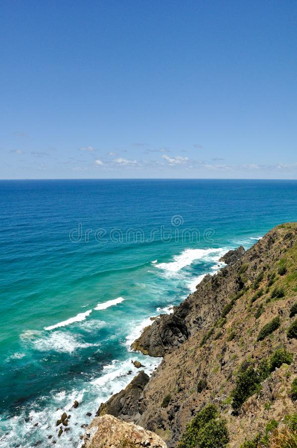 Mooie klippen en overzeese mening op een zonnige dag in Australië royalty-vrije stock afbeeldingen