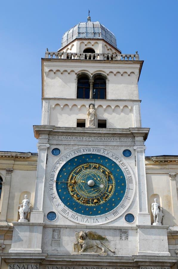 Mooie klokketoren in Padua in Veneto (Italië) stock foto's