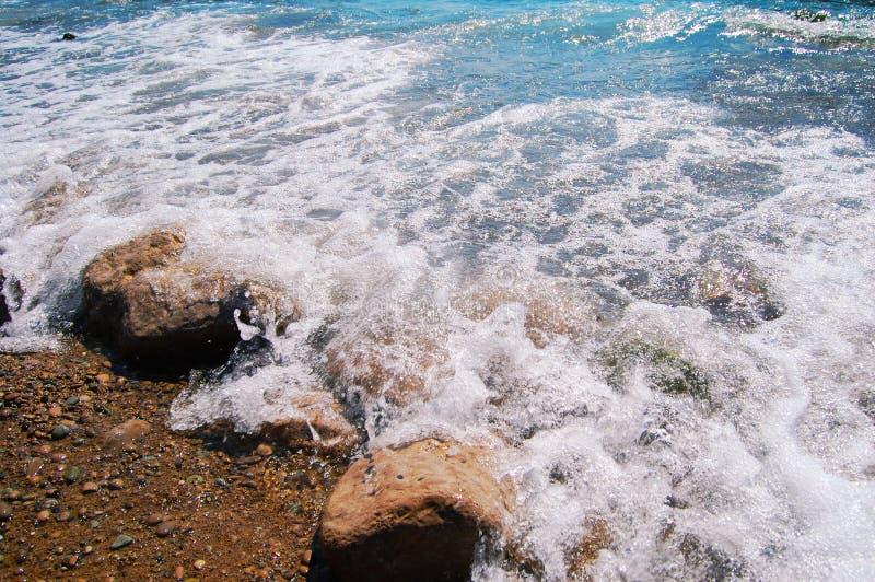 Mooie kust en overzees van de Krim in de zomer stock foto