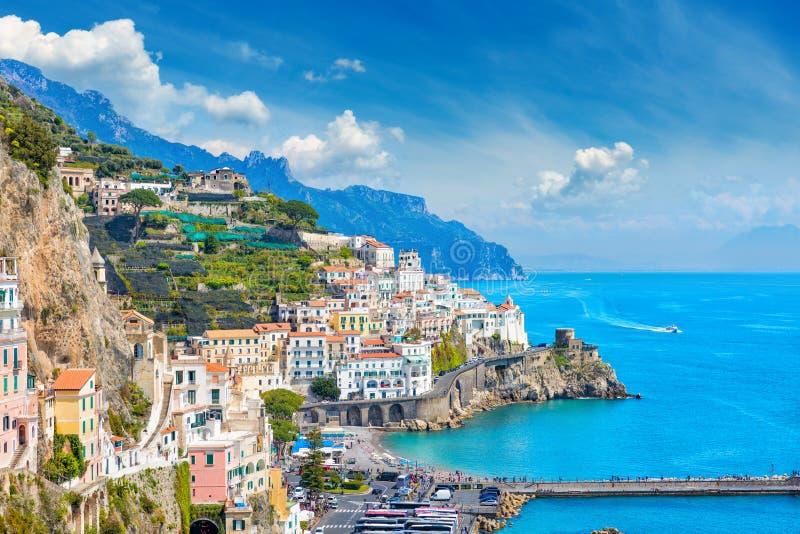 Mooie kuststad Amalfi in provincie van Salerno, in gebied van Campania, Itali? stock foto