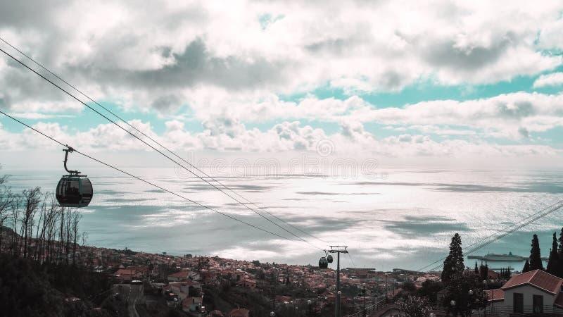 Mooie landschapsmening van Funchal, Madera, vanaf de bovenkant van de berg royalty-vrije stock afbeelding