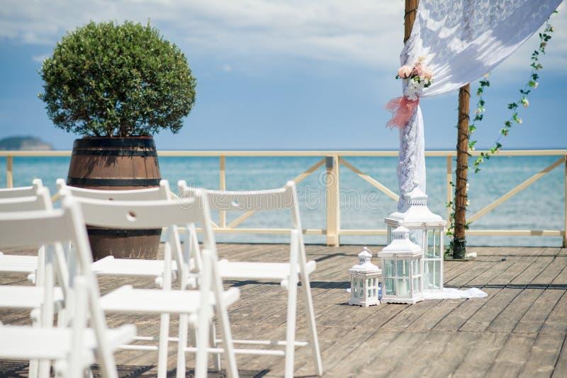 Mooie Lantaarn, Huwelijksdecor De overweldigende fotografie van de huwelijksvoorraad van Griekenland! De overweldigende fotografi stock afbeeldingen