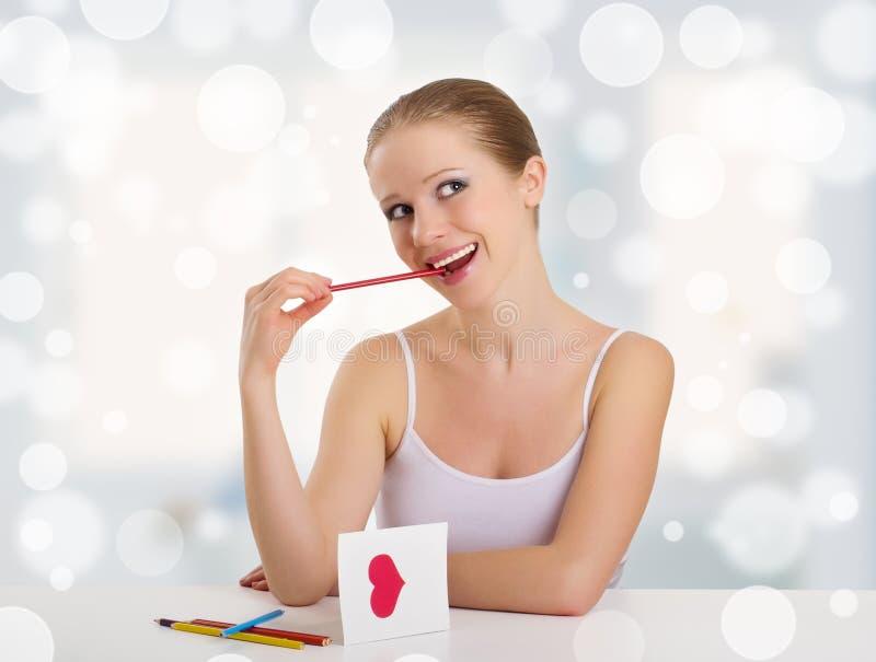 Mooie meisje ondertekende valentijnskaartprentbriefkaar stock afbeeldingen