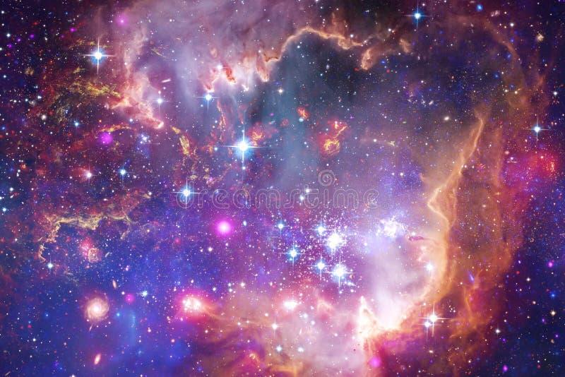 Mooie melkweg en cluster van sterren in de ruimtenacht Elementen van dit die beeld door NASA wordt geleverd royalty-vrije illustratie