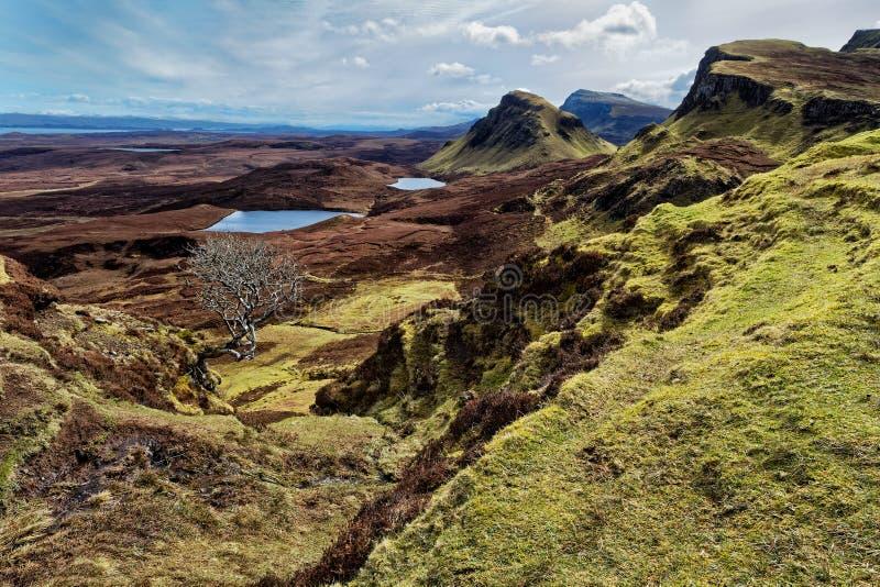 Mooie mening over bergen royalty-vrije stock afbeeldingen