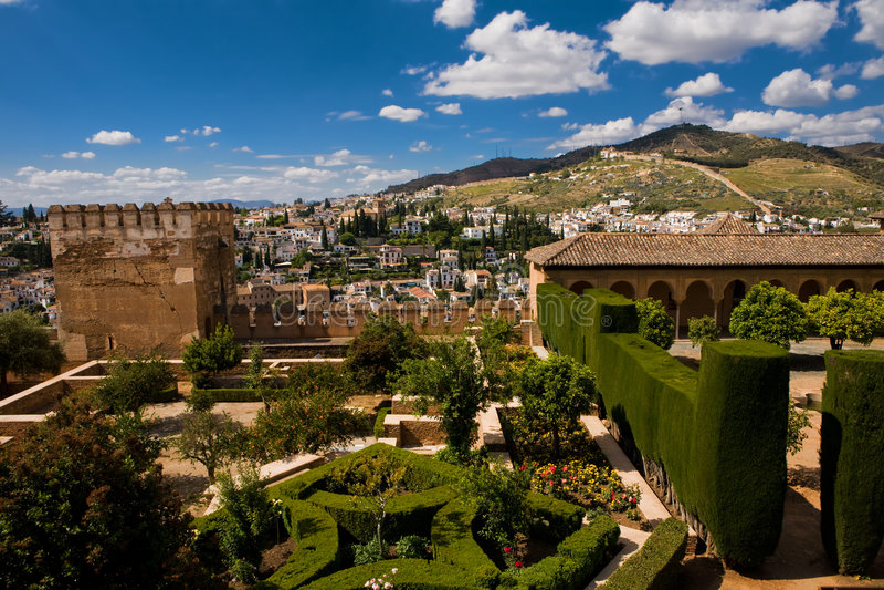 Mooie mening van Alhambra paleis in Granada stock foto