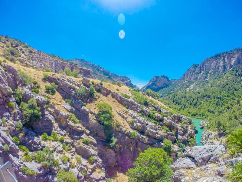 Mooie mening van de de bergweg van Caminito Del Rey langs steile hellingen royalty-vrije stock foto