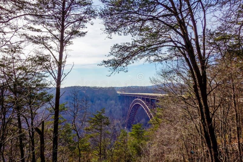 Mooie mening van de Nieuwe Brug van de Kloof van de Rivier in West-Virginia stock afbeelding