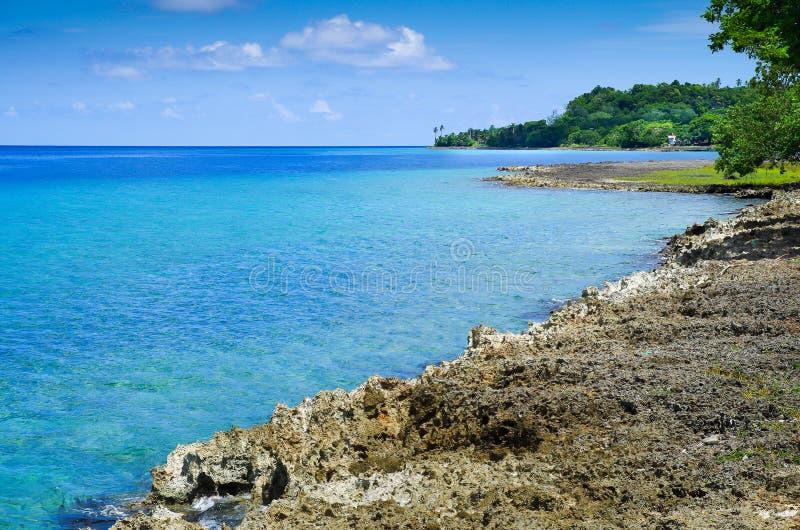 Mooie mening van een gorgeos blauw water, San Andres Island in een zonnige dag in San Andres, Colombia stock foto
