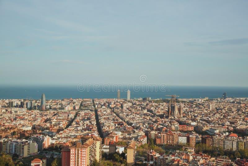Mooie mening van het geheel van Barcelona bij zonsondergang van de bunker Carmel royalty-vrije stock foto