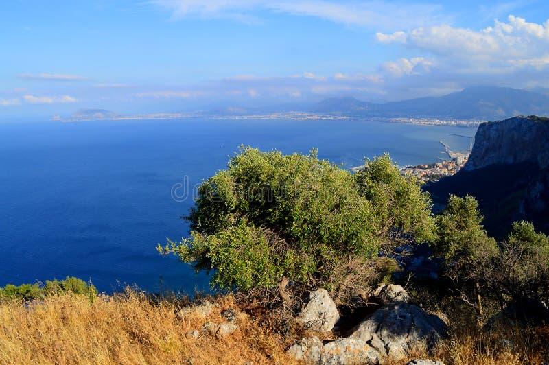 Mooie Mening van Palermo van Onderstel Pellegrino, Sicilië, Italië, Europa stock afbeeldingen