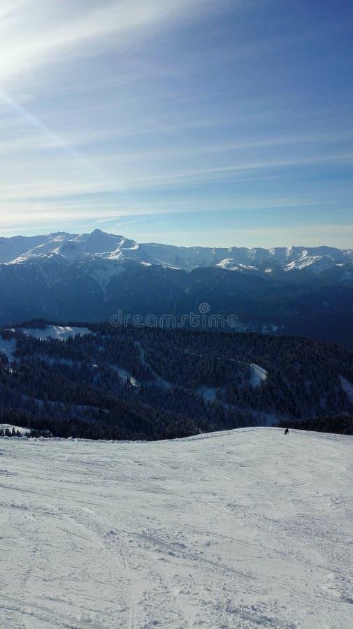 Mooie mening vanaf de bovenkant van de berg royalty-vrije stock afbeelding