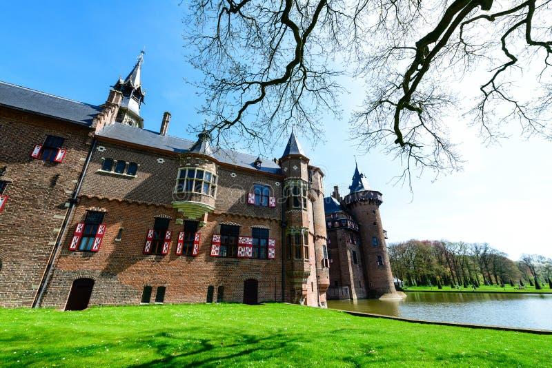 Mooie middeleeuws, fantasie, oud Holland De Haar-kasteel op s stock afbeeldingen