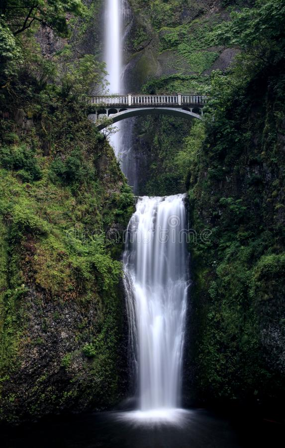 Mooie Multnomah-Waterval, Oregon de V.S. stock fotografie