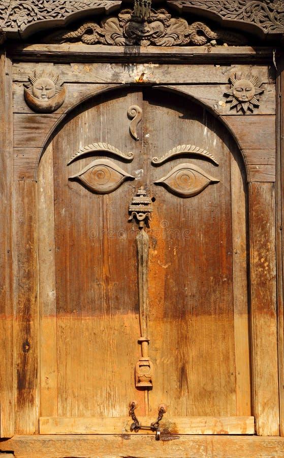 Mooie oude deur binnen de Neuschowk-Binnenplaats van Hanuman Dhoka Durbar royalty-vrije stock afbeelding